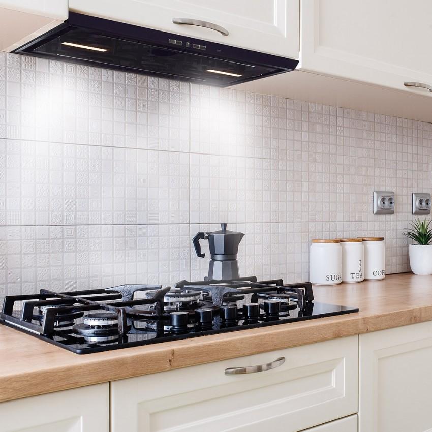 kitchen design with hidden rangehood