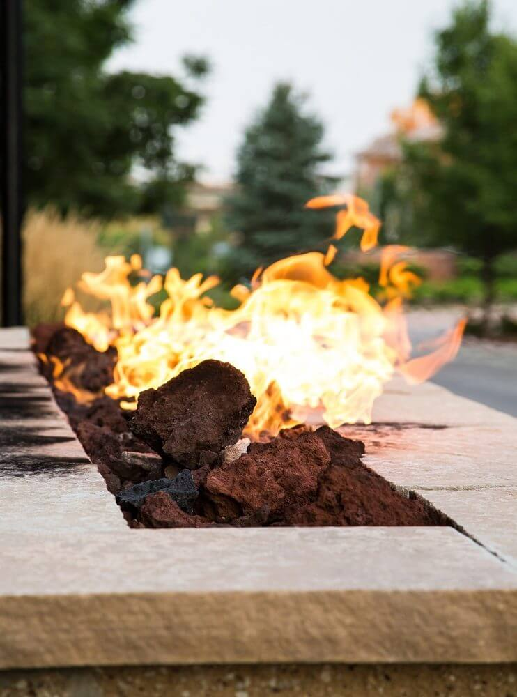 Everything You Need to Know About Outdoor Fireplaces and Fire Pits