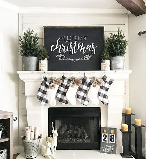 Minimalist Christmas Decor to Try for a Change