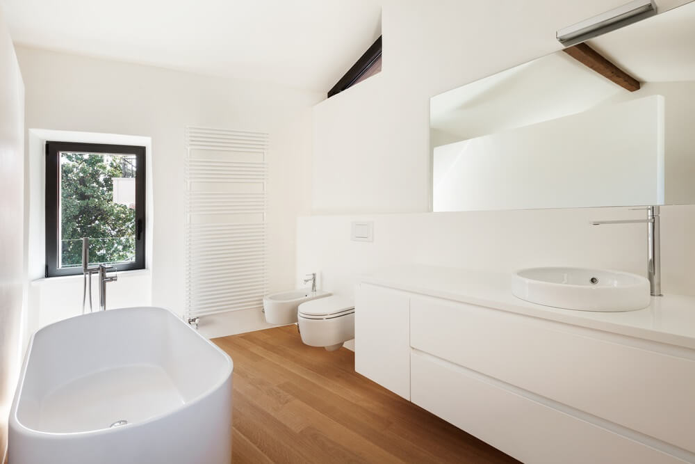 Super Moderate Budget Bathroom Renovation Ideas That Costs Between Beutiful Home Inspiration Xortanetmahrainfo
