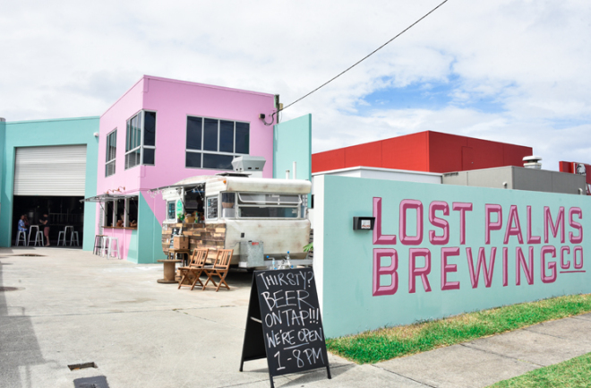 Go to this Hip Place in Miami QLD if You Want Bloody Good Beer and a Good Time