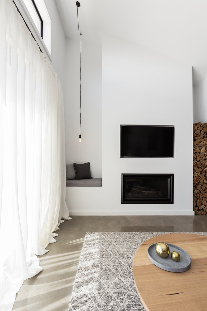 7 Amazing TV and Fireplace Arrangements that Work