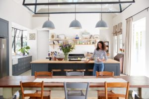 7 Smart Kitchen Storage Solutions for Your Open-Plan Space