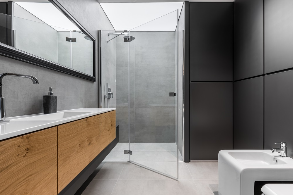 Stunning Grey Bathroom Design