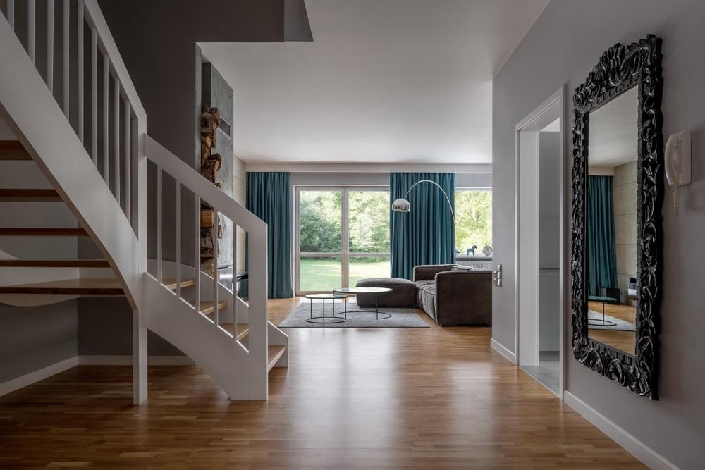 Stylish Living Room Concrete Walls