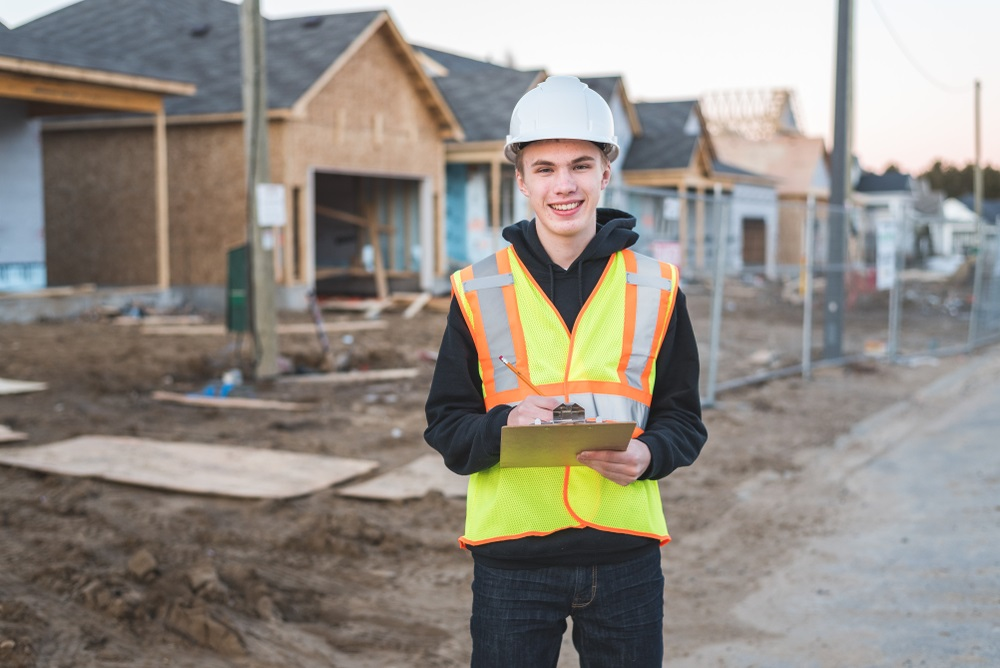 How Owner-Builders Cut Construction Costs and Save 1/3 of their Budget