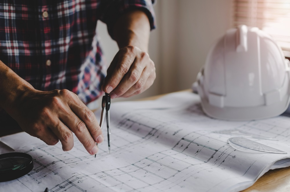 Should You Hire an Architect or Builder for a Custom Home Design or Renovation?