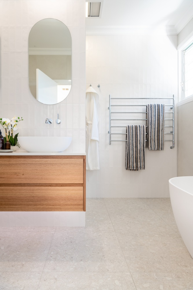 Luxurious and well-lit modern bathroom design we wish we had right now