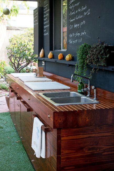 double sink outdoor kitchen