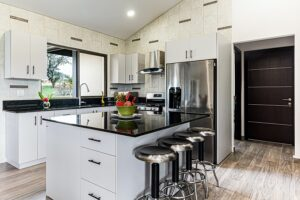 Know the PROs and CONs of renovating before selling