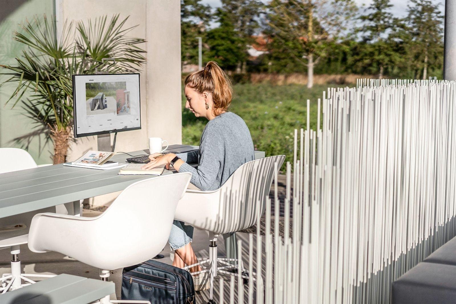 outdoor workspace set up